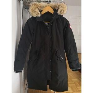 Canada Goose Brittania Parka w/ removable fur trim